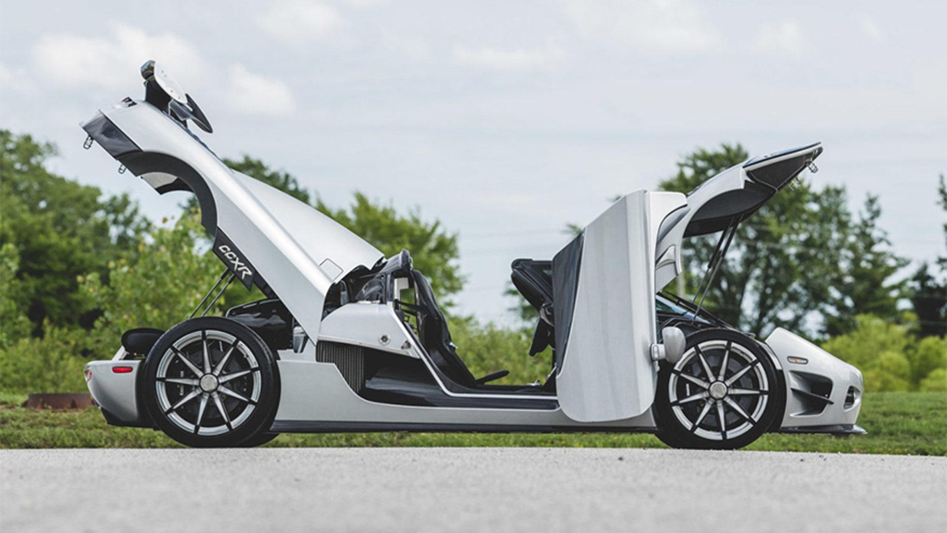 Floyd Mayweather's $4.8M Koenigsegg CCXR Trevita heads to auction ...