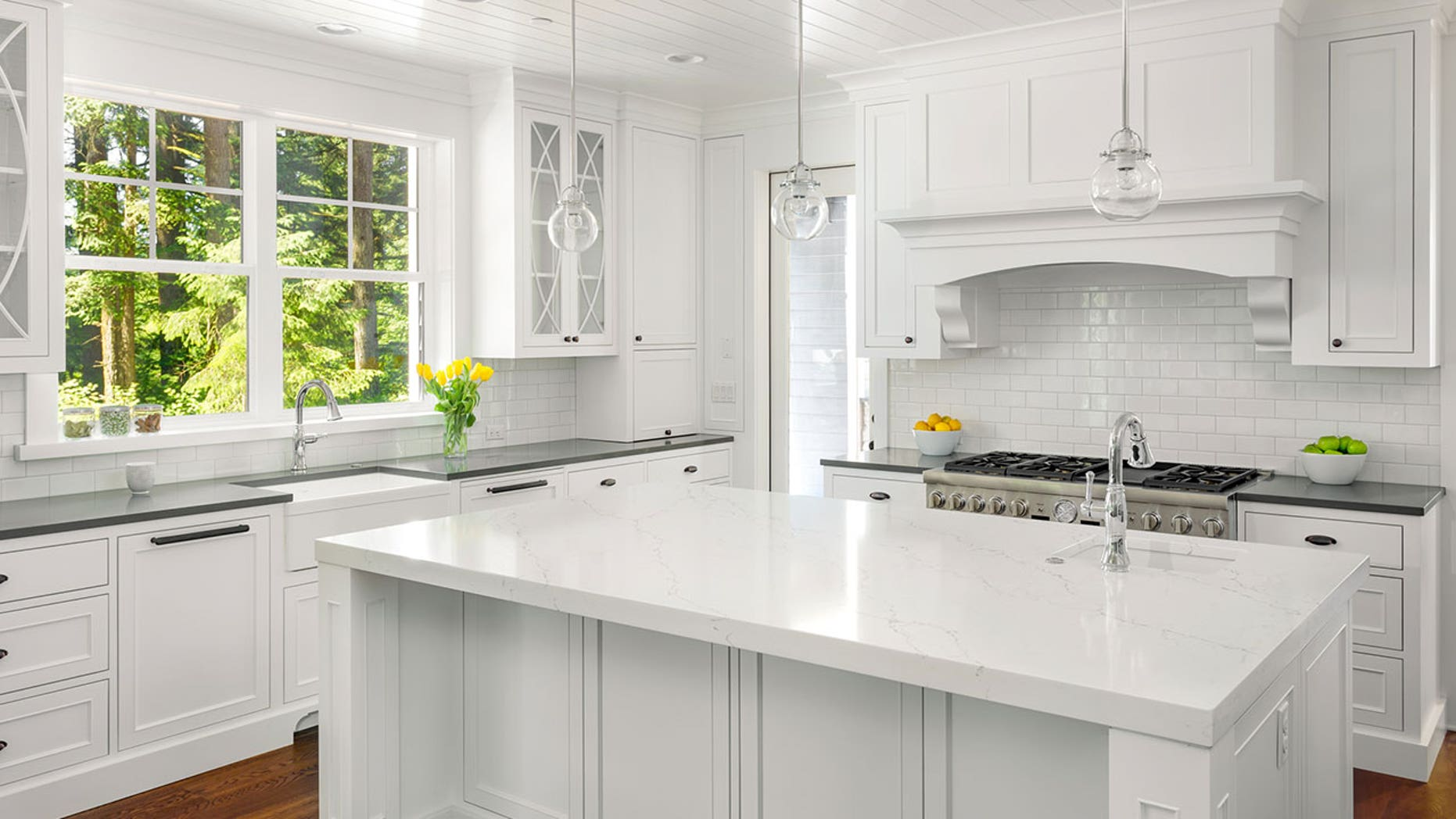This kitchen has, like, 90 features home-buyers want, according to Trulia.
