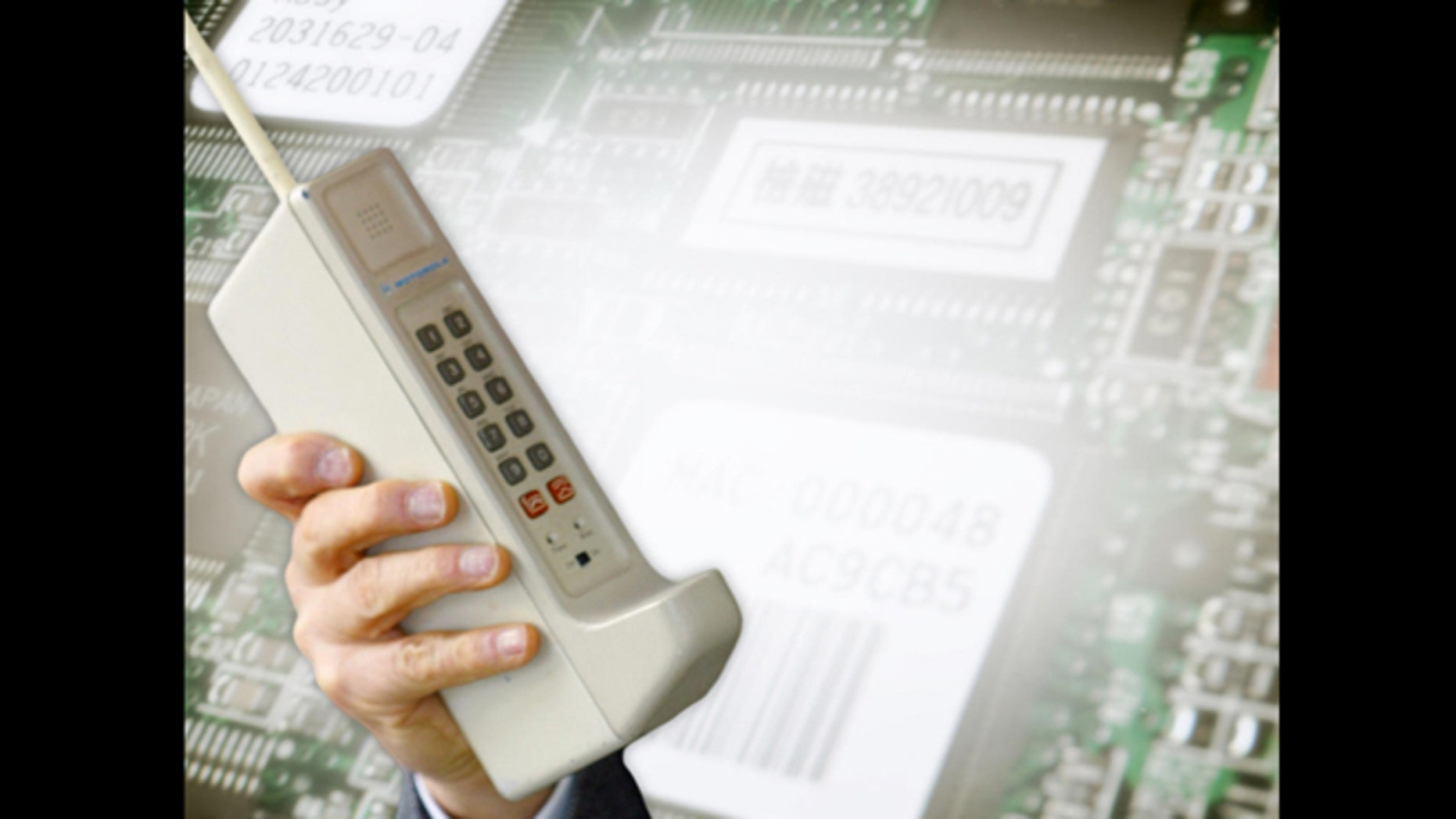 The First Mobile Phone Call Was Placed 40 Years Ago Today Fox News Ok Finally Located Wiring From My Other Computer A 1973 Motorola Dynatac Prototype