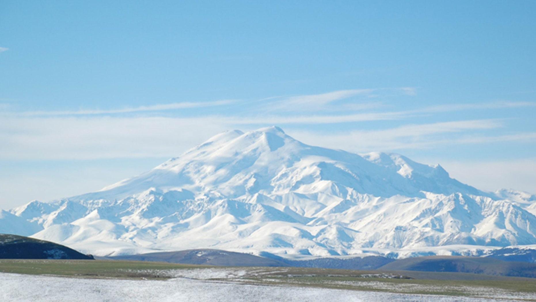 Colorado officer missing on Russia's Mt. Elbrus  Fox News
