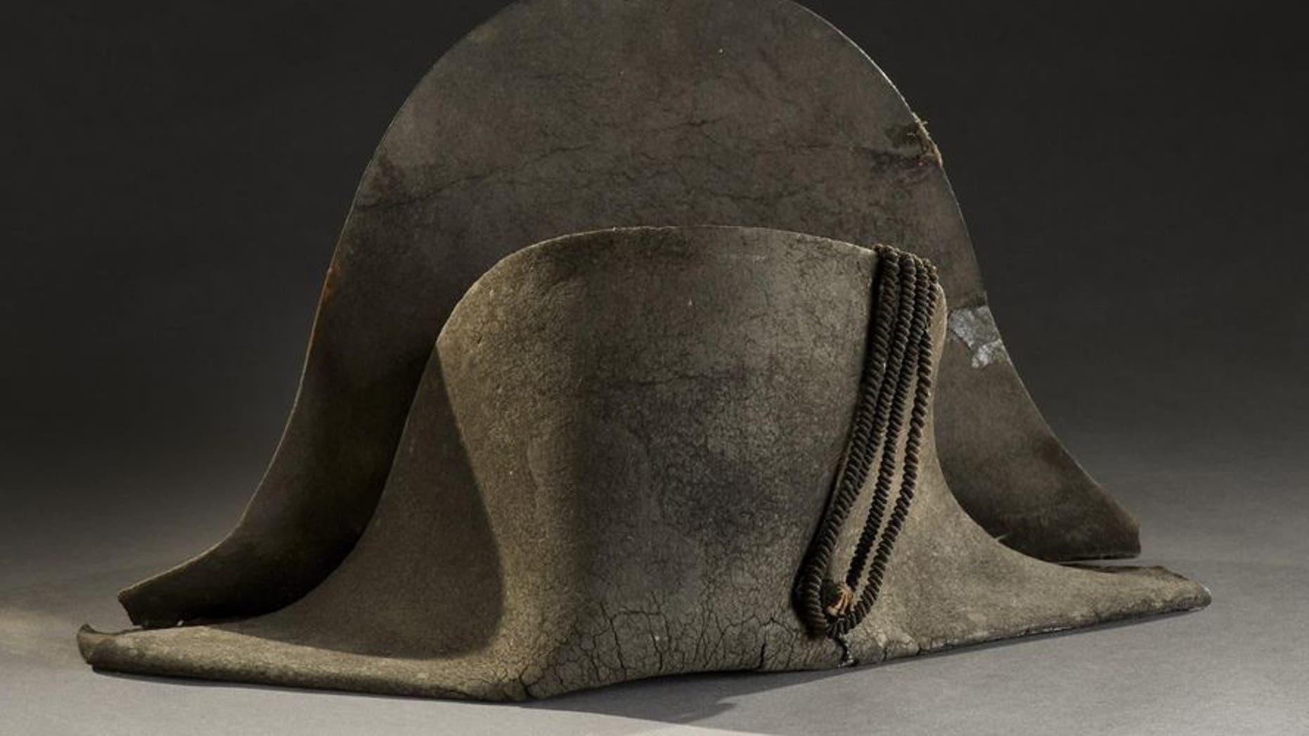 Napoleon wore the hat at the 1815 battle of Waterloo (De Baecque)