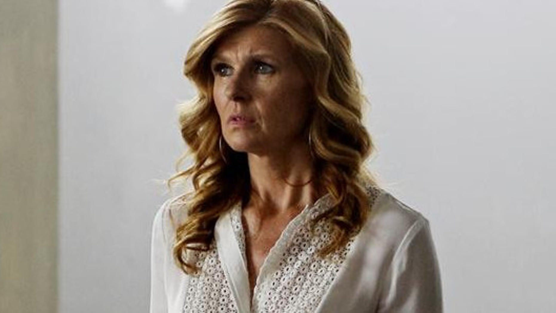 After Will's debut album bumps Rayna's to second place, she's more determined than ever to make Highway 65 and her record a hit.