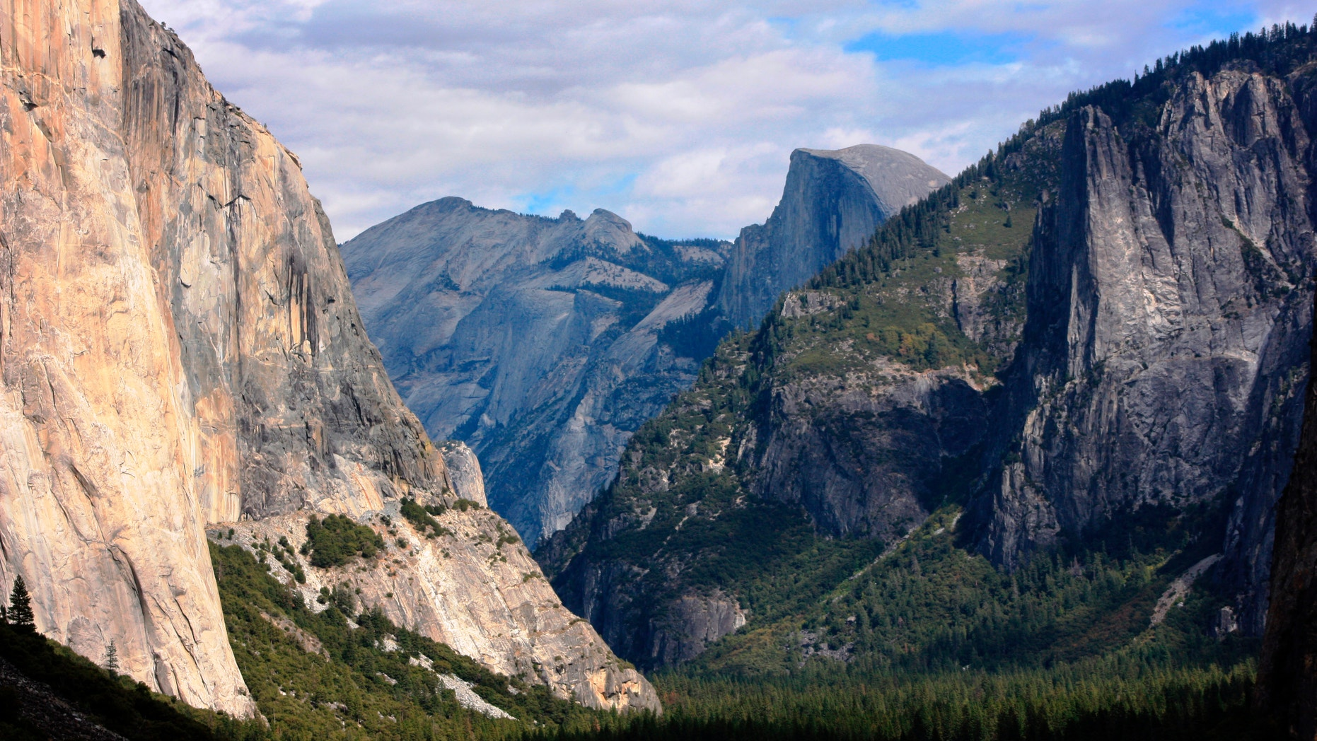 Oct. 2, 2013: A view seen on the way to Glacier Point trail in the Yosemite National Park, Calif.