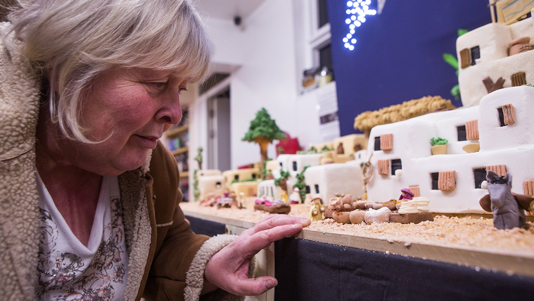 British baker Lynn Nolan worked six months to create a stunning replica of Bethlehem for a charity auction.