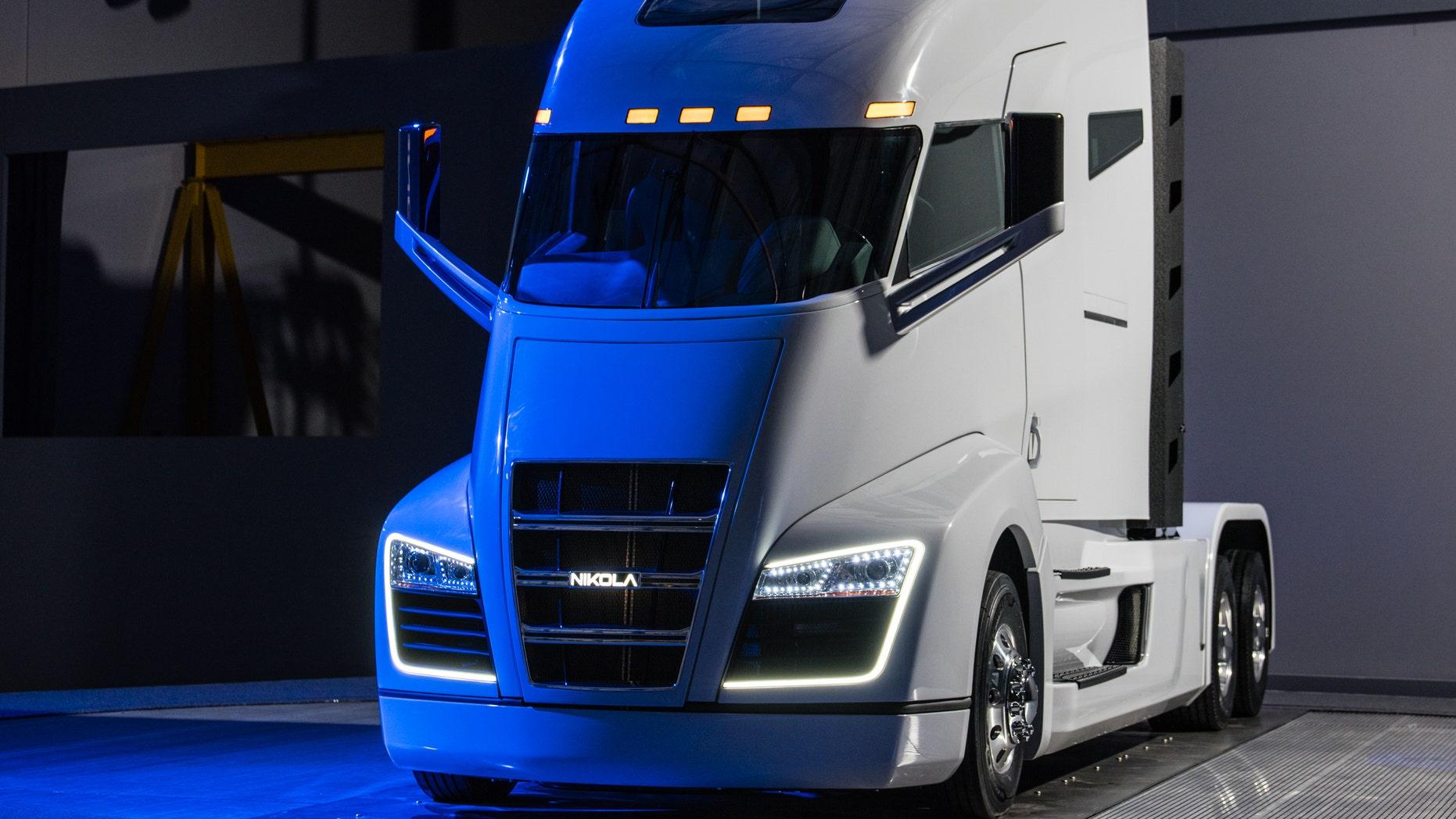 Nikola Hydrogen Ed Semi Truck Revealed
