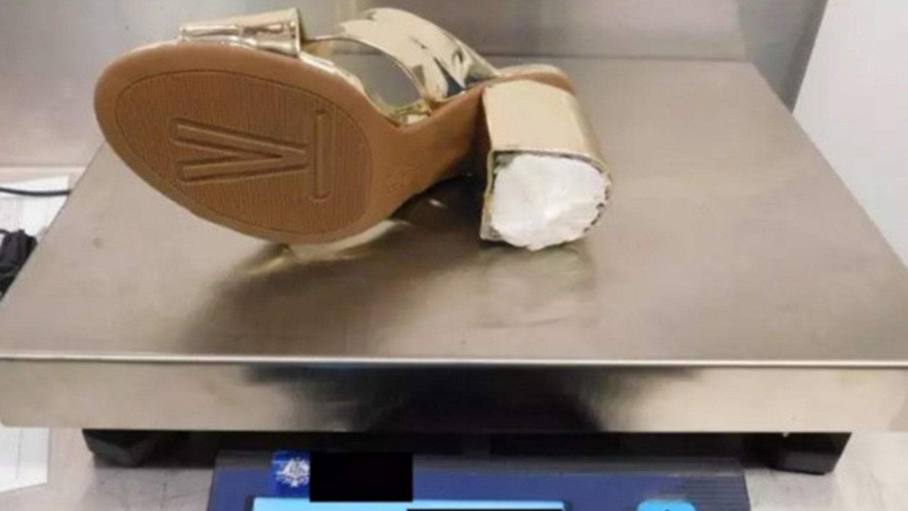 A Missouri woman reportedly smuggled cocaine in her shoes at Sydney Airport in Australia.