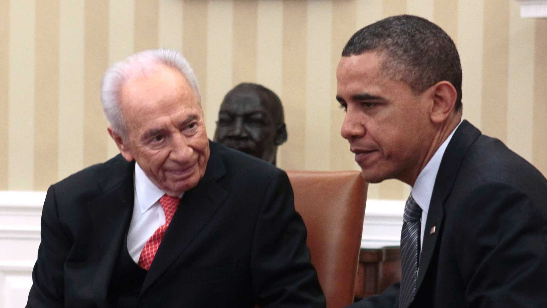 President Barack Obama meets with Israeli President Shimon Peres in the Oval Office of the White House in Washington, Tuesday, April 5, 2011. (AP)