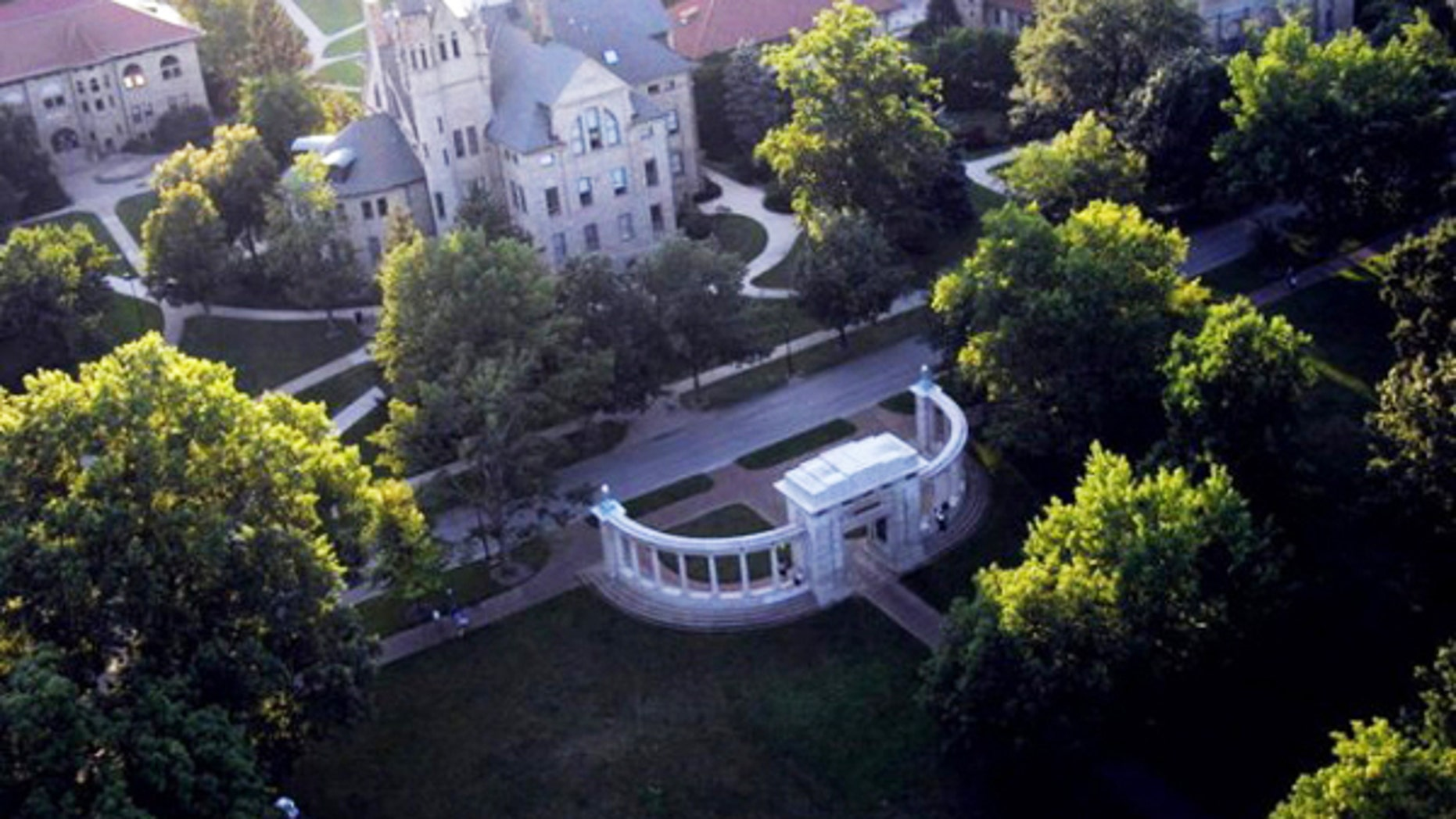 Nearly 200 Oberlin College alumni signed on to an open letter expressing concern of anti-Semitism at the school.