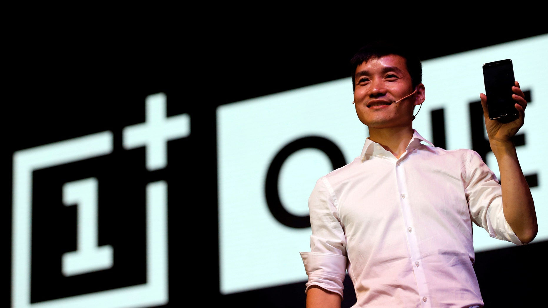 Pete Lau, founder and CEO of China's mobile company OnePlus, attends the launch of OnePlus 5 in Mumbai, India June 22, 2017. (REUTERS/Danish Siddiqui)
