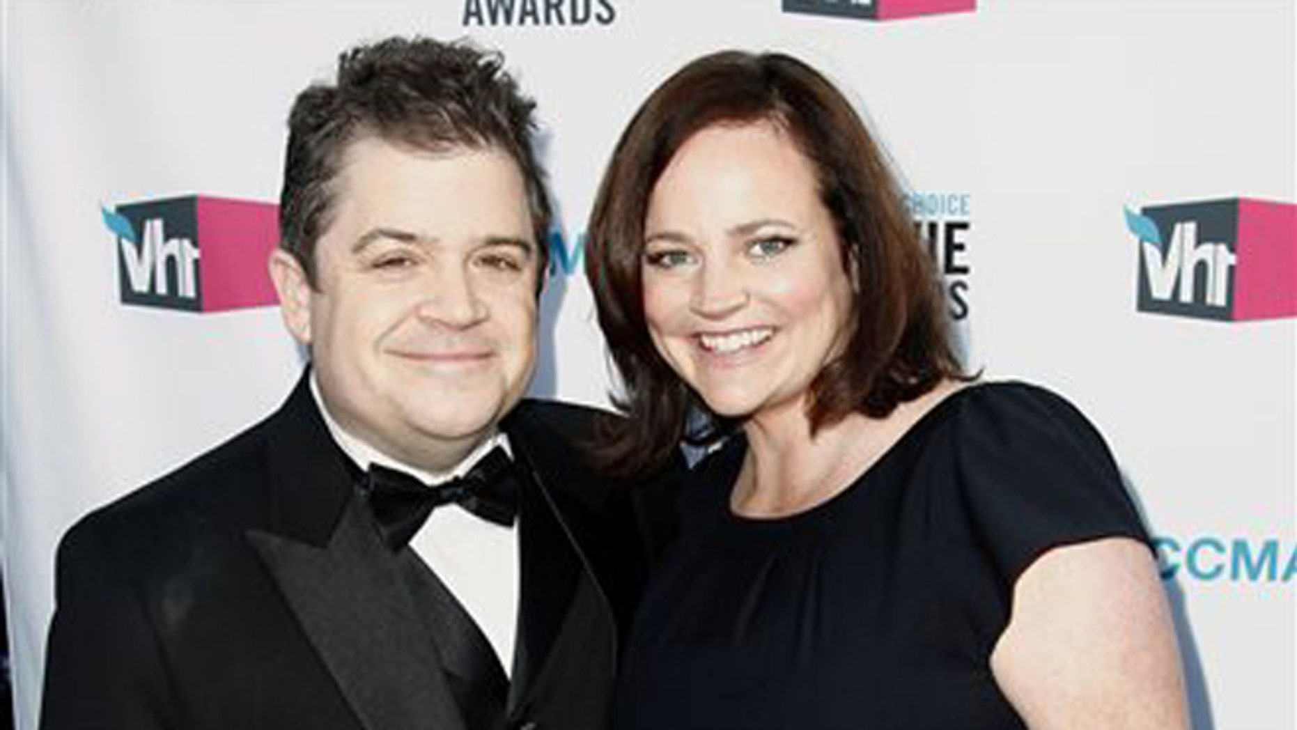 Patton Oswalt and his wife Michelle Eileen McNamara in Los Angeles in 2012. (AP Photo/Matt Sayles)