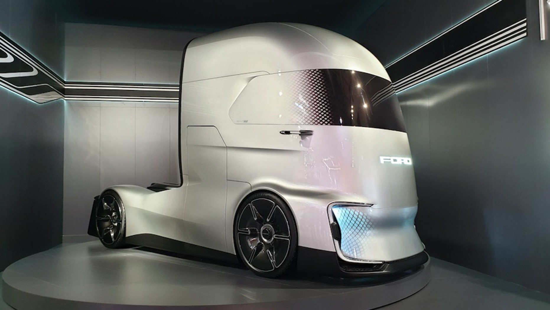 Ford F-Vision offers a look at the self-driving semi of ...