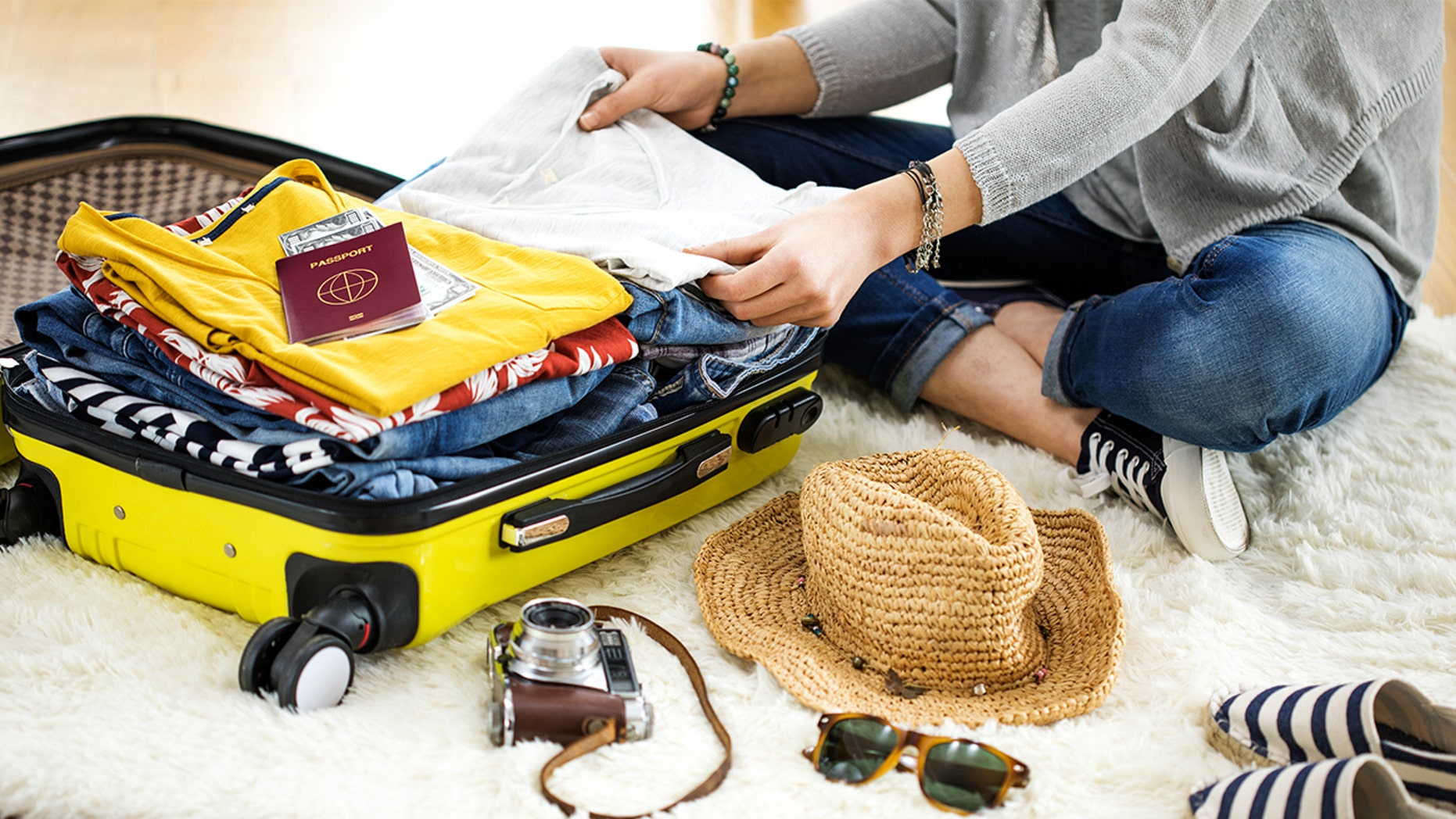 Besides last minute packing, don't forget to do these 11 things the day before your next vacation.