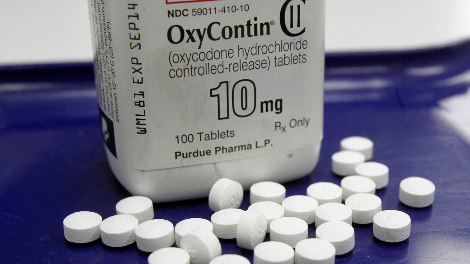 Amid an epidemic of addiction and abuse tied to these powerful opioids drugs, the CDC is urging general doctors to try physical therapy, exercise and over-the-counter pain medications before turning to painkillers for chronic pain.