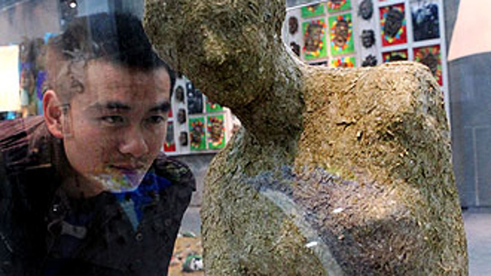 A replica of the famed Venus de Milo statue, made from panda dung, at an exhibition in Zhengzhou, central China Henan province.