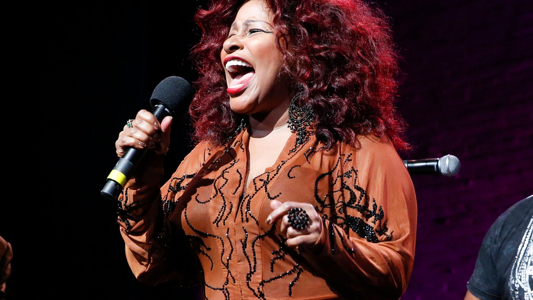 """FILE - In this Oct. 24, 2014, file photo, Chaka Khan performs at the 13th annual """"A Great Night in Harlem"""" gala concert in New York. Chaka Khan and her sister have both entered a drug rehabilitation program to battle their addiction to prescription drugs. In a statement released, Sunday, July 10, 2016, Khan said she has been battling with an addiction to he same medication that led to Prince's death last April. (Photo by Mark Von Holden/Invision/AP, File)"""