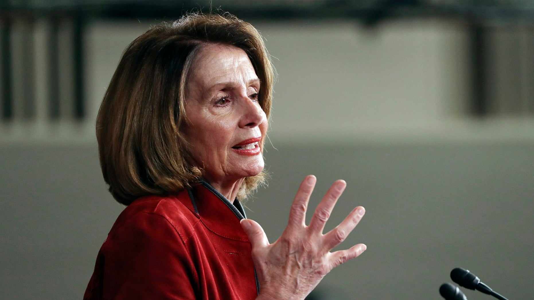 "House Democratic Leader Nancy Pelosi faulted GOP ""incompetence"" as second government shutdown looms."