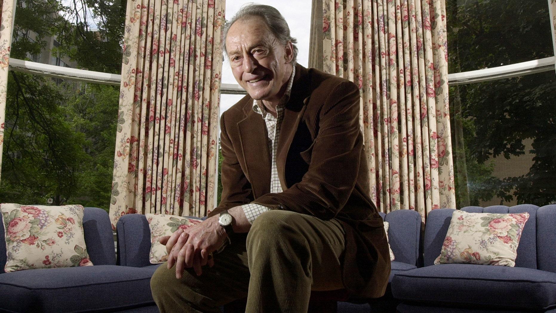 Veteran actor Peter Donat died at age 90.