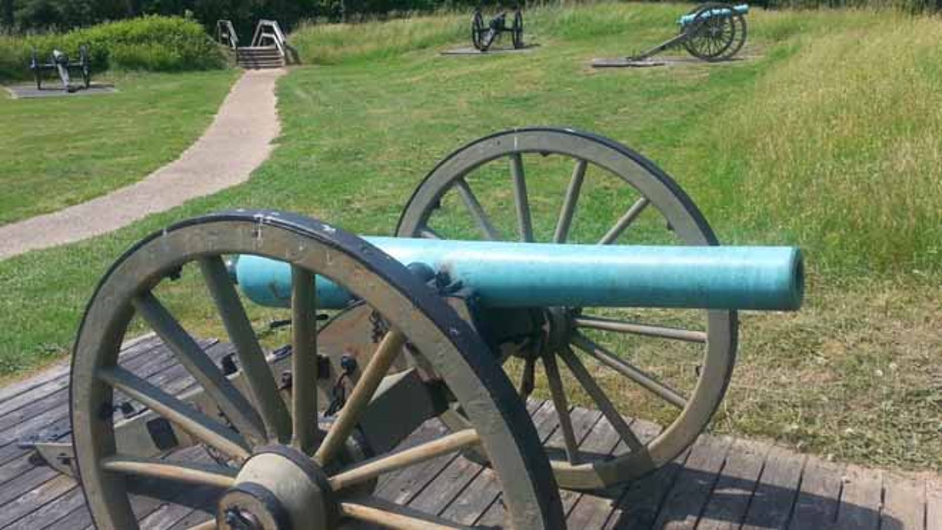 Image of historic canons on battlefield Petersburg National Battlefield. (National Park Service)