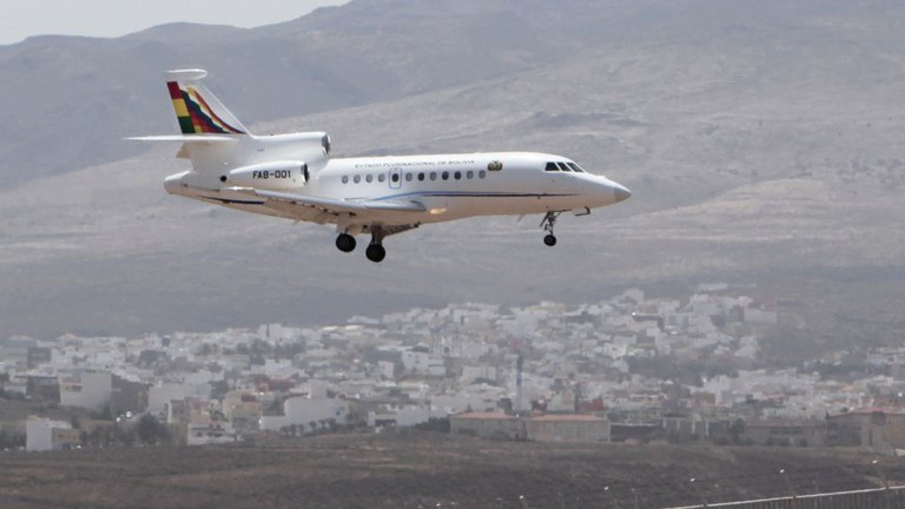 The plane of Bolivia's President Evo Morales lands at Las Palmas airport, on the Spanish Canary Island of Gran Canaria, on July 3, 2013. Leftist Latin America leaders are preparing to meet in Bolivia on Thursday following the controversial diversion of Morales's aircraft in Europe, La Paz said Wednesday.