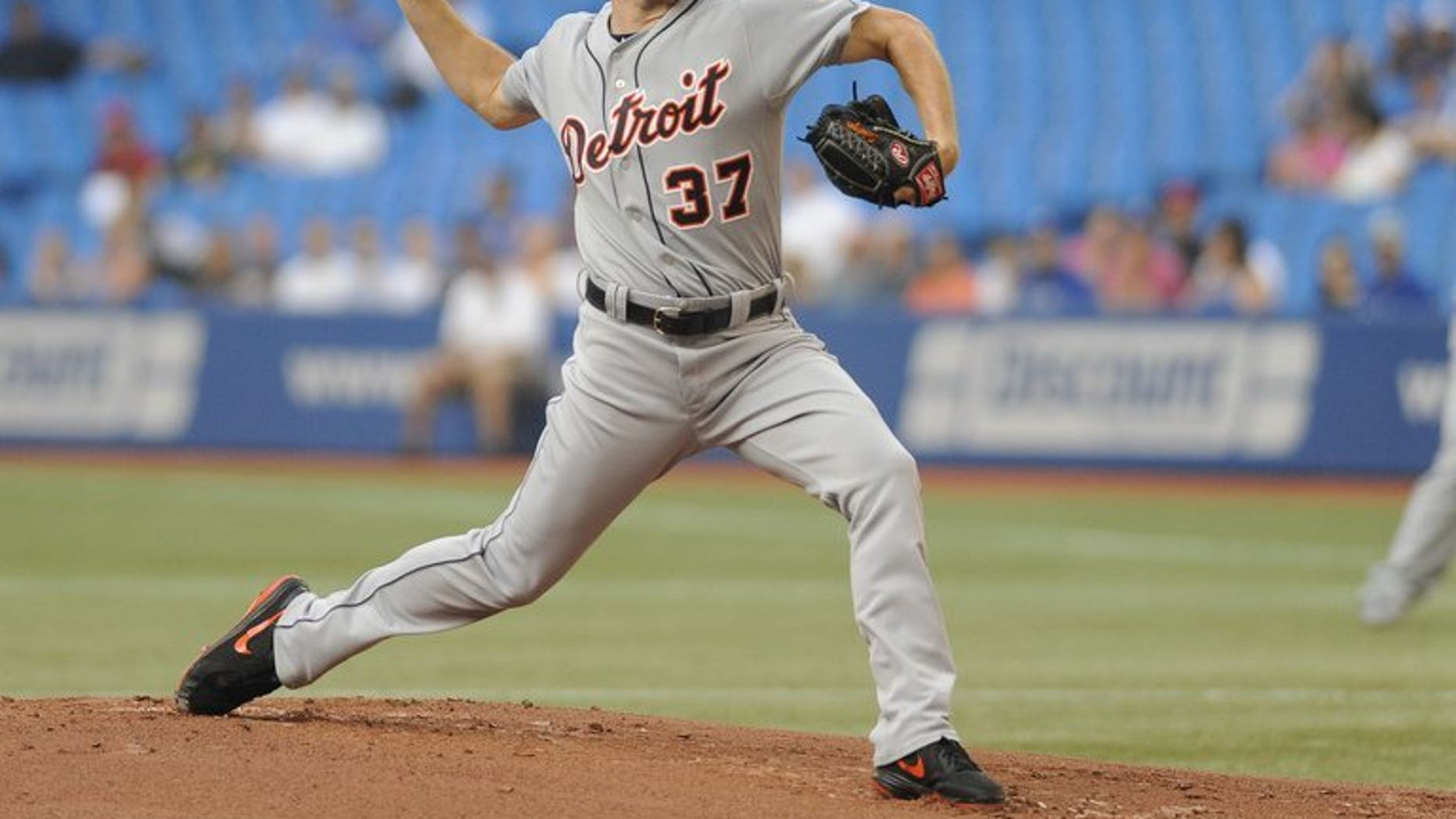 Max Scherzer of the Detroit Tigers pitches during the game against the Toronto Blue Jays on July 3, 2013. He pitched 6 1/3 strong innings in a 6-2 victory over Toronto to become the first MLB hurler since 1986 to open a season 13-0.