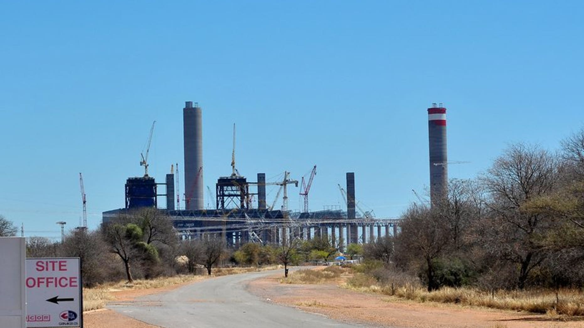 Construction work underway at the Medupi power plant near Lephalala in 2011. South Africa's state-owned utility Eskom announced on Monday that a much-needed mega power station will not come online until late 2014, spelling further problems for the energy-hungry nation.