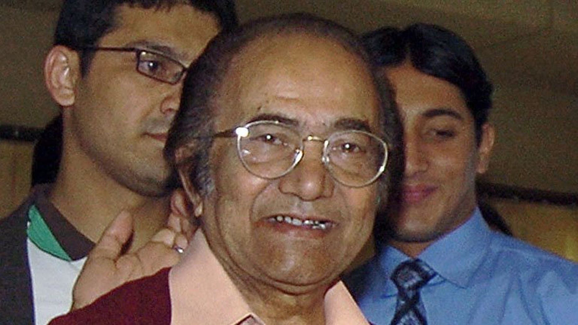 Former Pakistan cricket captain Hanif Mohammad, pictured in Karachi on January 27, 2006, has had an operation for liver cancer, a family friend told AFP.