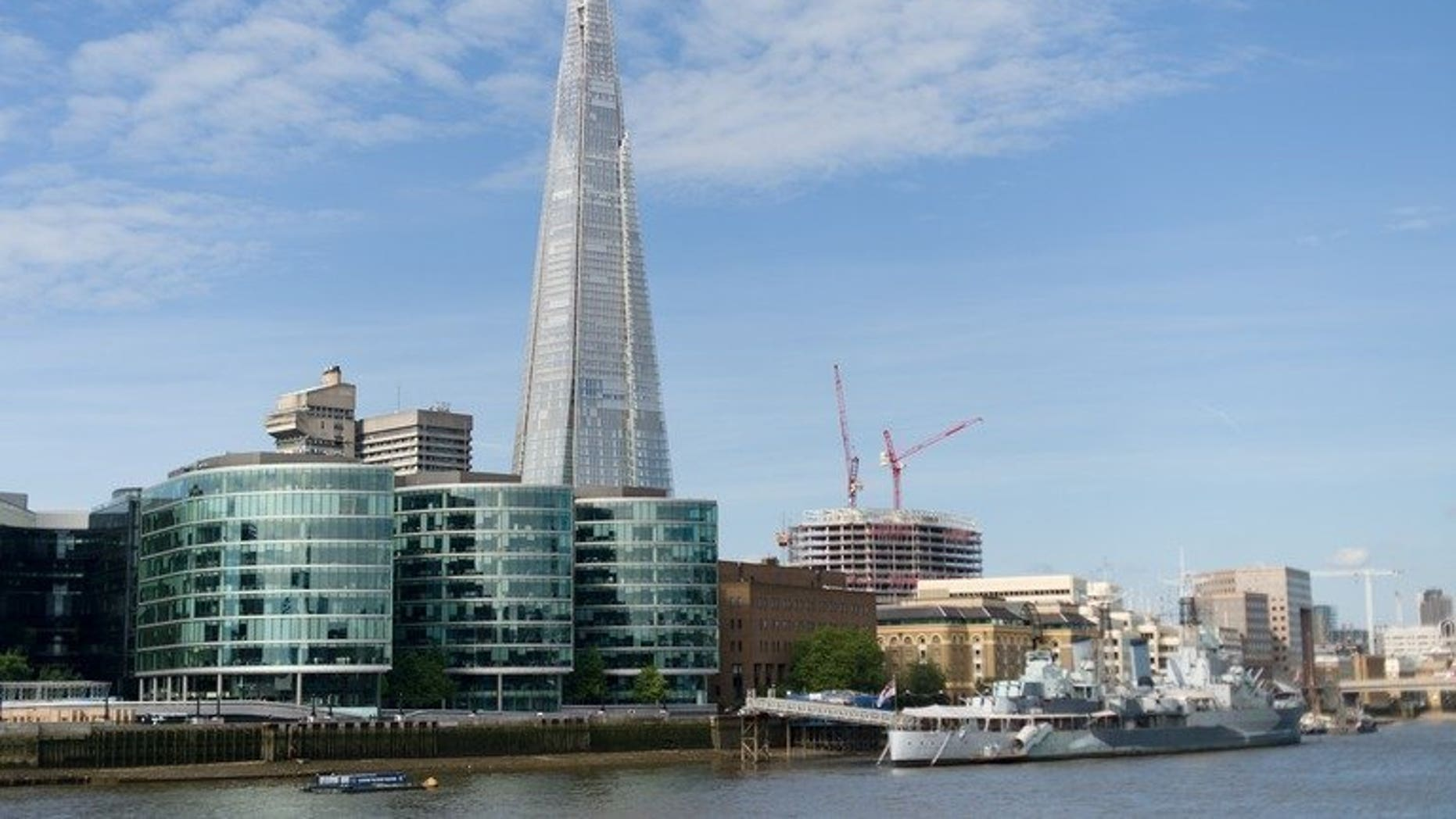 "The ""Shard"" tower pictured on the south bank of the river Thames in central London on July 22, 2012. Rupert Murdoch's News Corporation on Friday announced plans to move all of its London operations into a new building in the shadow of Western Europe's tallest skyscraper."