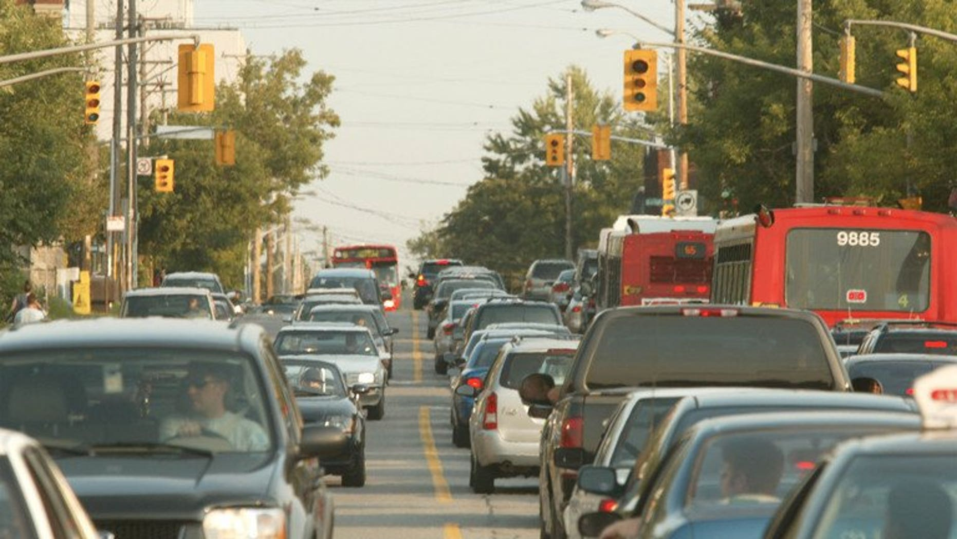 Traffic in Ottawa, Canada on August 11, 2003. Canadian consumer prices jumped at an annual rate of 1.2 percent in June, led by higher new car and gasolines prices, the government statistical agency said Friday.