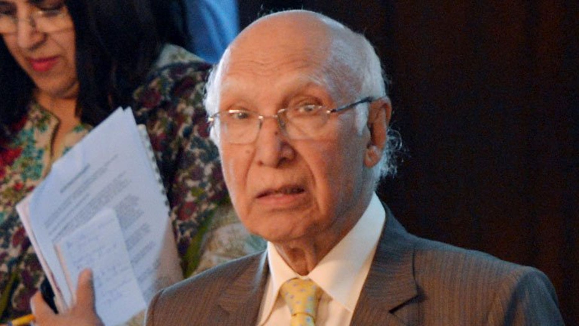 Pakistan's Adviser for National Security and Foreign Affairs Sartaj Aziz arrives at the Foreign Ministry in Islamabad on July 17, 2013.