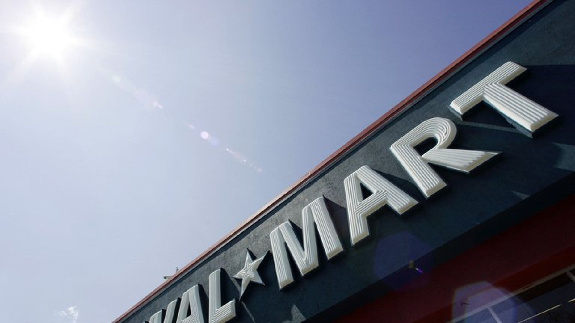 Walmart has told India that it is unable to meet local sourcing requirements for foreign supermarket groups wanting to open stores in the country, a report said Wednesday.
