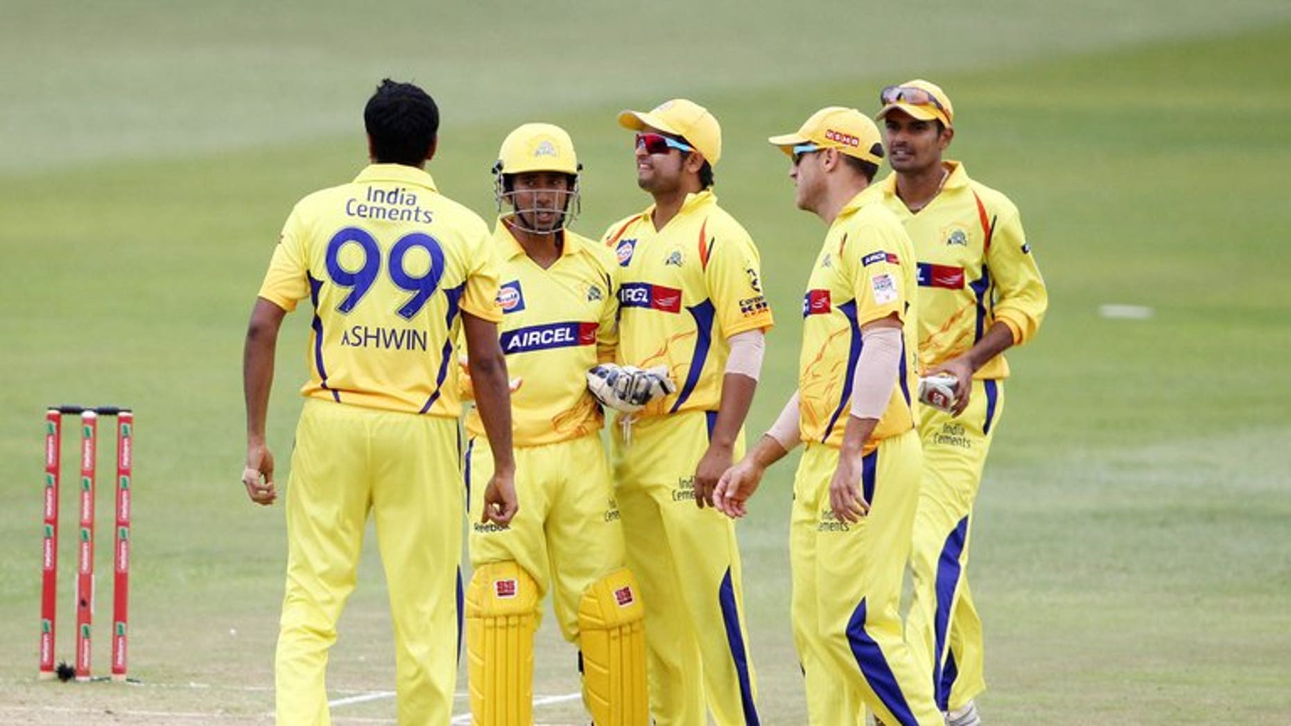 This file photo shows Chennai Super Kings players, during a T20 match in Durban, on October 22, 2012. A probe ordered by India's cricket chiefs into a betting scandal in the Indian Premier League has found no wrong-doing, allowing the the return of BCCI president N. Srinivasan, a source told AFP on Monday.