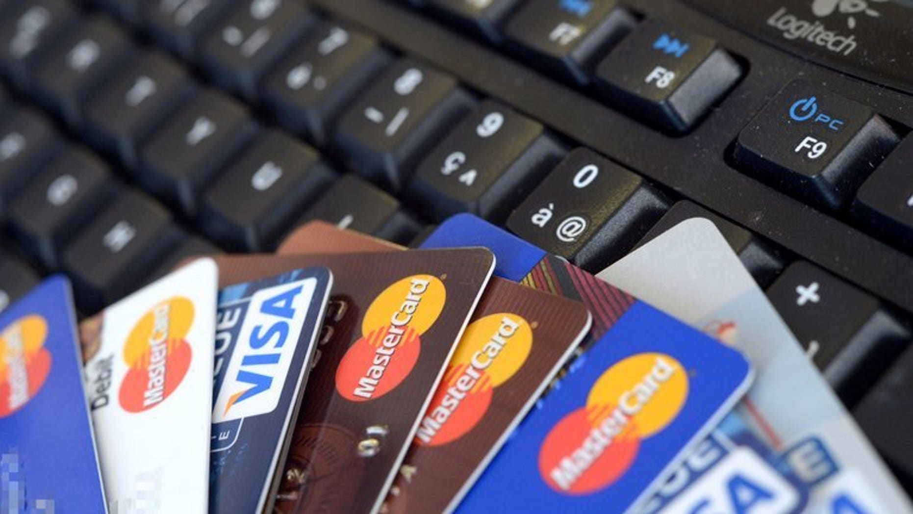 Four Canadians have been arrested in Costa Rica after being caught with more than 200 false credit cards and electronic equipment to forge them, authorities said Thursday.