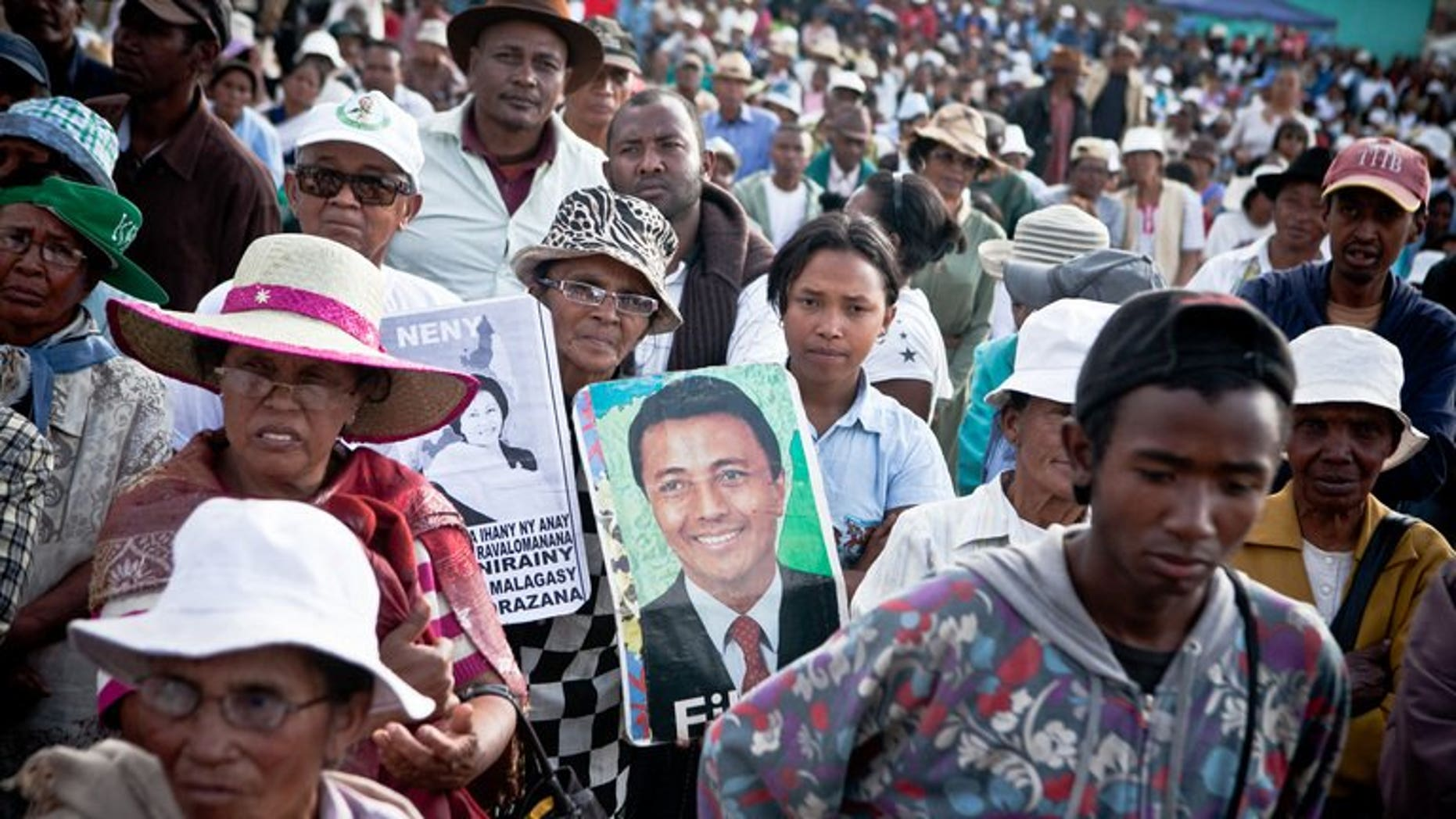 Supporters of ousted Madagascan President Marc Ravalomanana hold their weekly Saturday gathering on September 14, 2014. Madagascar's election campaign opened Tuesday ahead of presidential polls next month, as divisions over replacement candidates plagued the camps of major disqualified politicians.