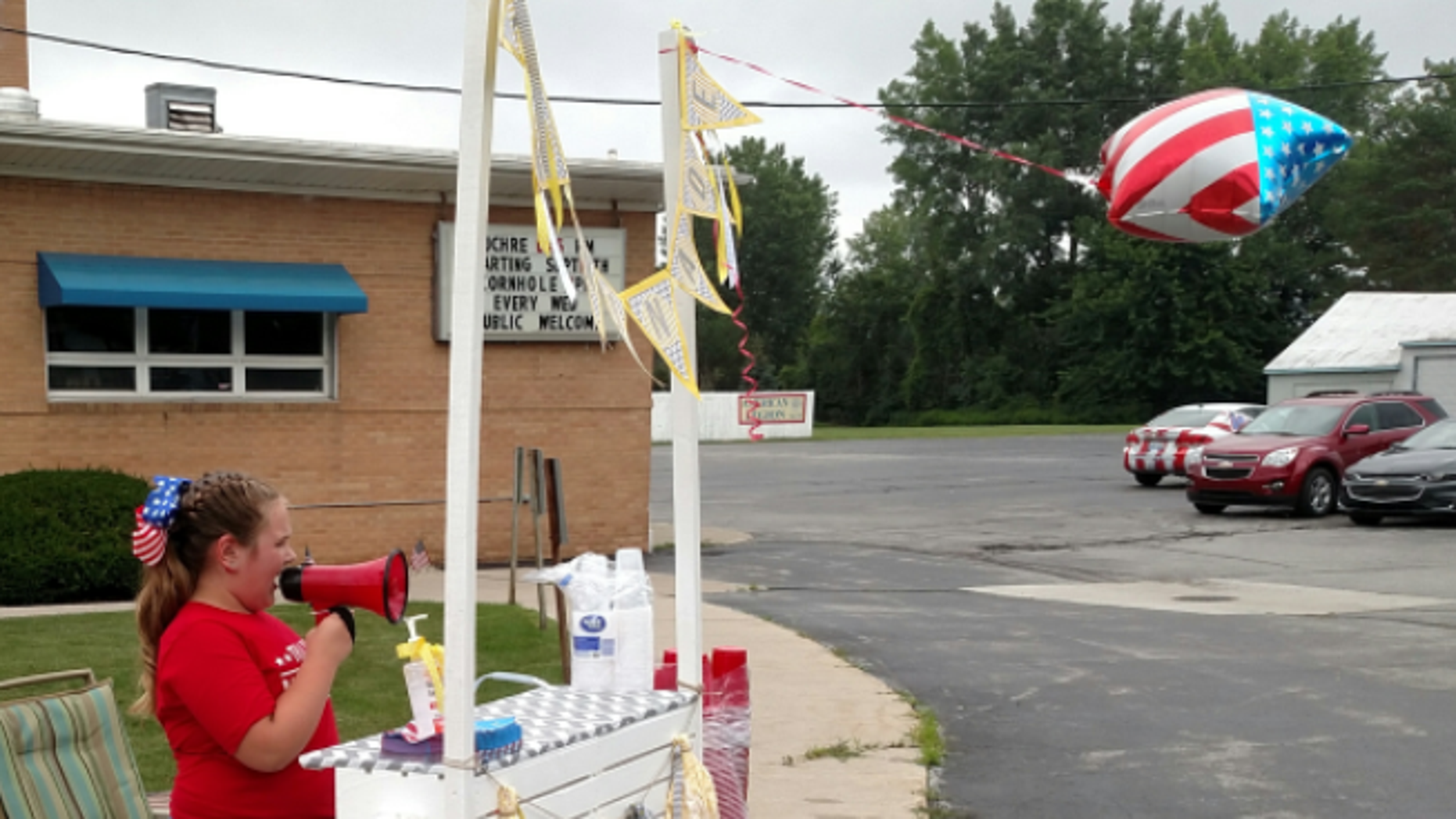 A girl in Michigan is fundraising for veterans using her lemonade stand.