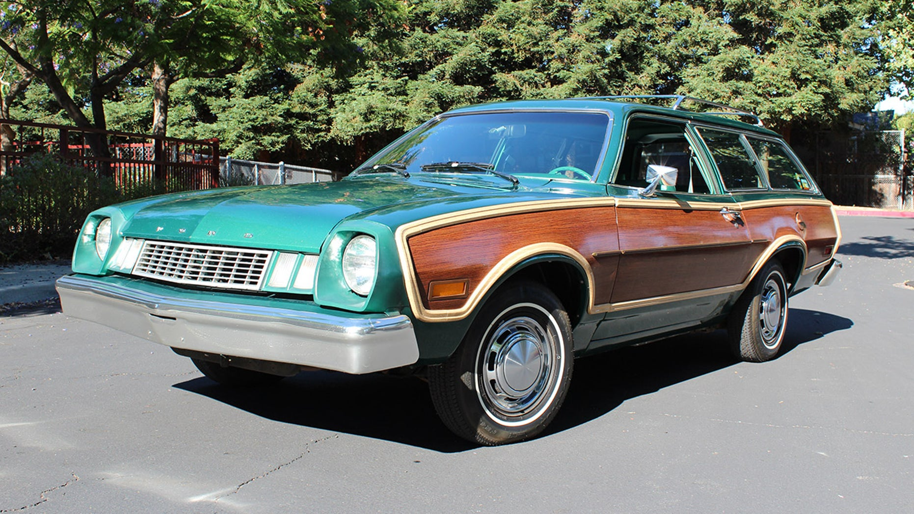 Perfect Ford Pinto Squire Wagon Set To Steal The Show At Fancy - Car auction show