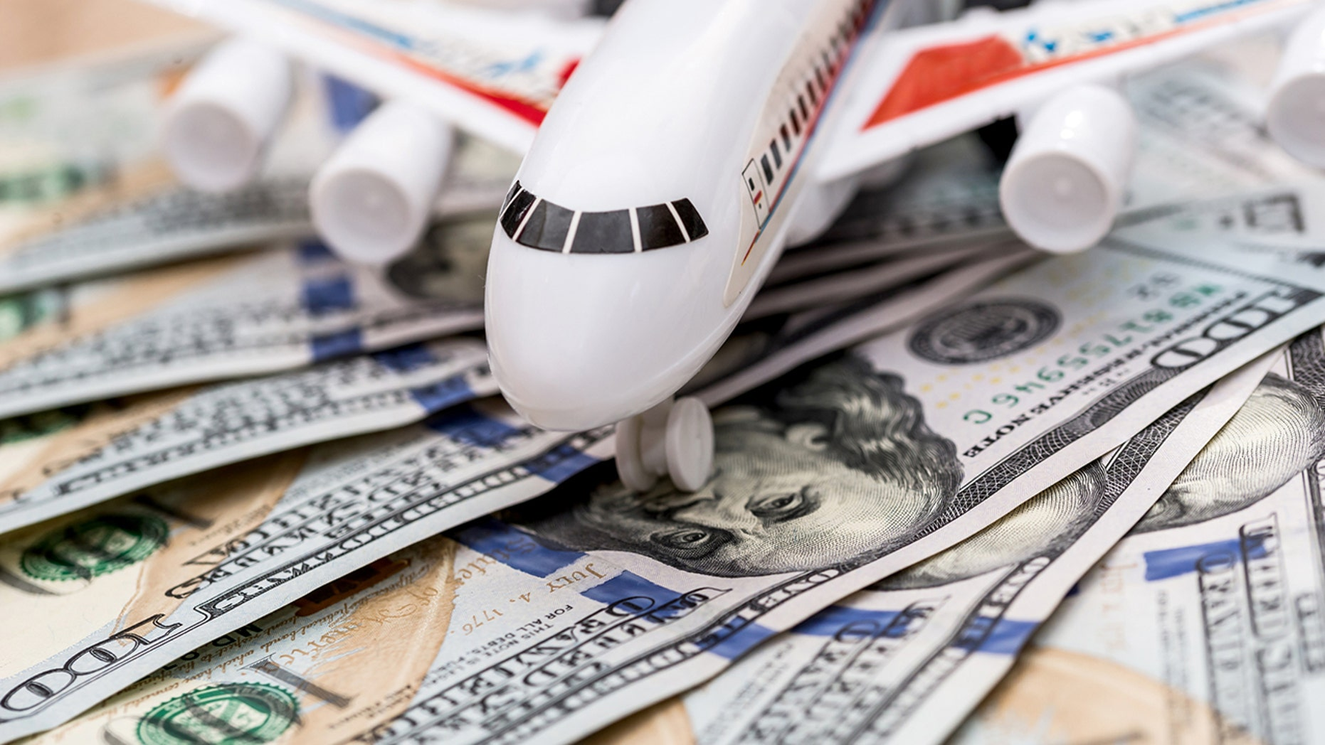 Avoid paying extra with a couple of tips from a savvy traveler. And stop spending so much money on tiny model planes.