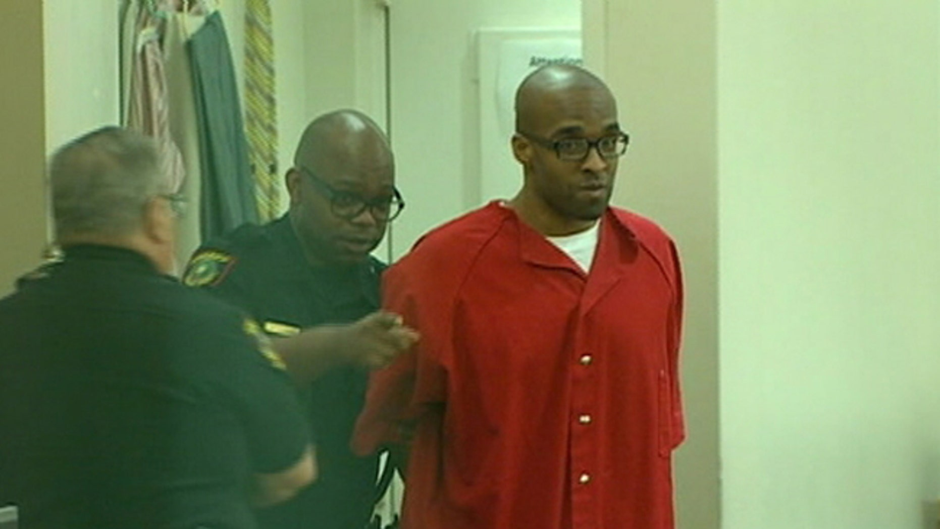 A man is scheduled to be executed in three weeks for murdering a Hurst Putt Putt golf manager in 2006. But the family of victim Jonas Cherry is now fighting to have the killer's life spared -- and the system may not let them.