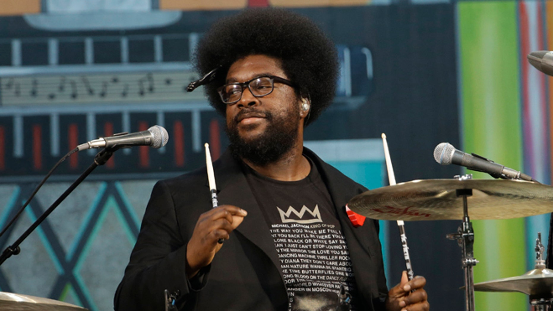 Questlove will be performing at a Pennsylvania prom despite canceling days earlier.