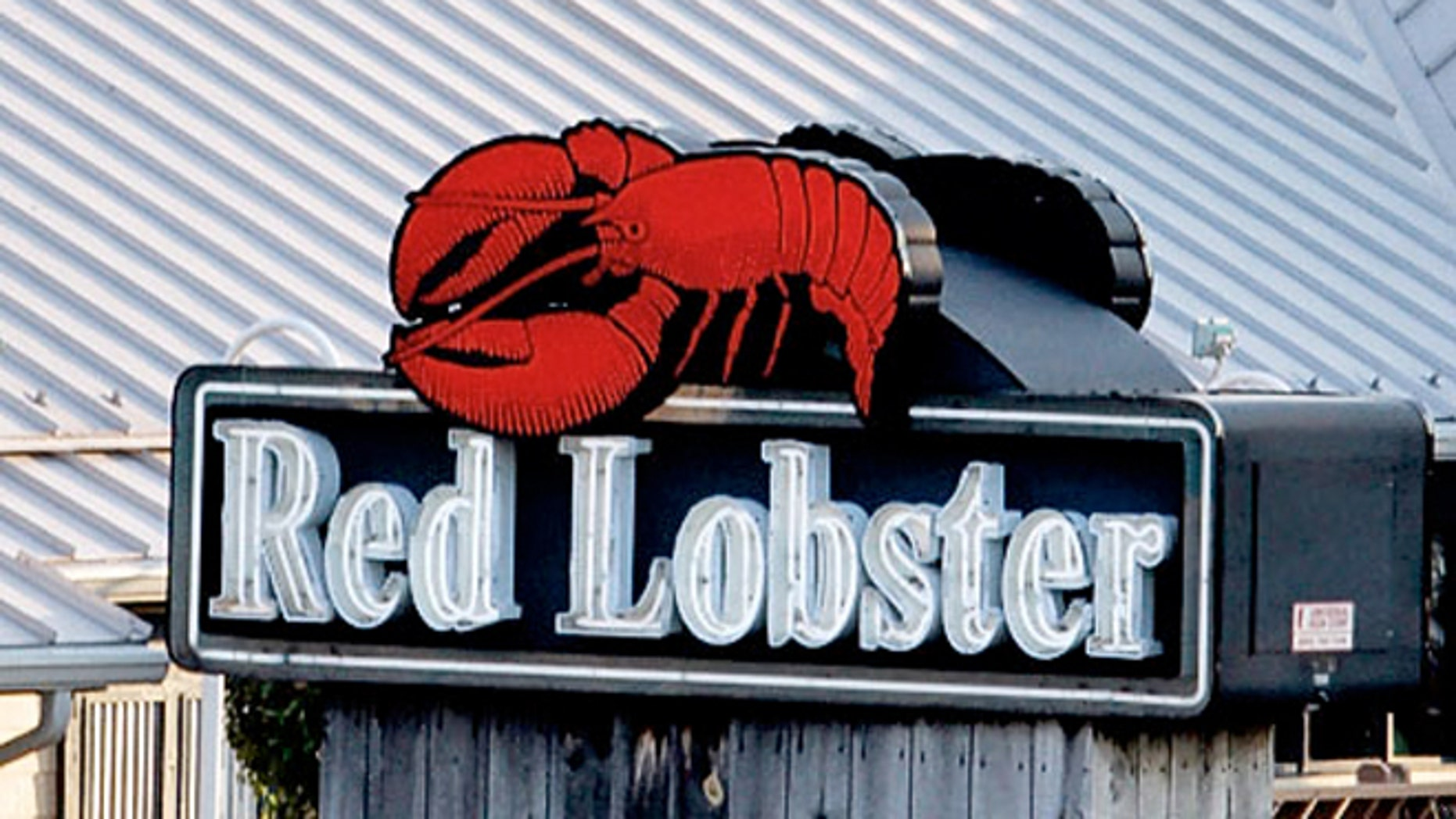 Reb Lobster is hoping to broaden its appeal by revamping its menu on Oct. 15 to boost the number of dishes that cater to diners who don't want seafood.