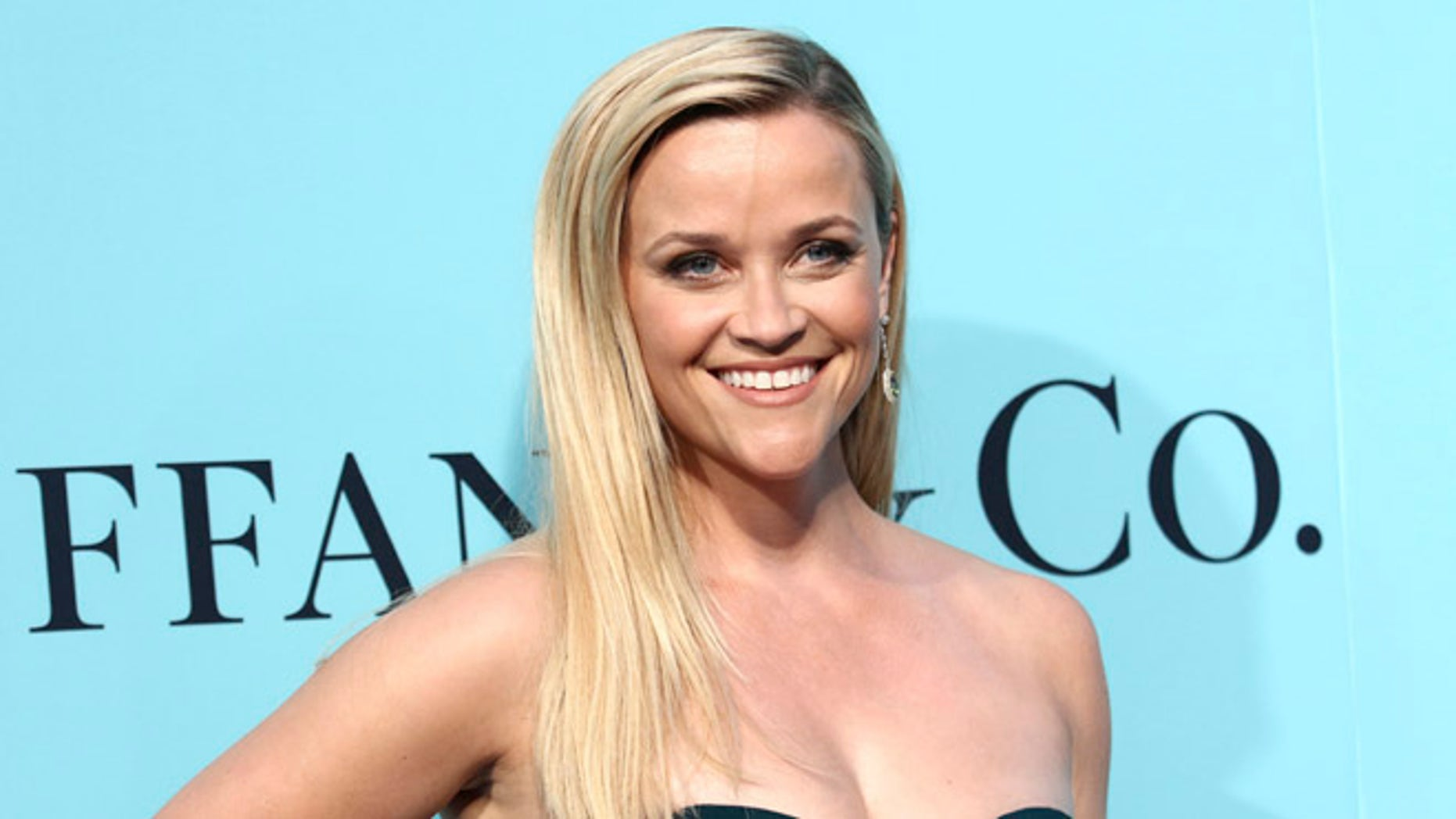 Reese Witherspoon attends Tiffany & Co. 2017 Blue Book Collection Celebration at St. Ann's Warehouse on Friday, April 21, 2017, in New York. (Photo by Greg Allen/Invision/AP)