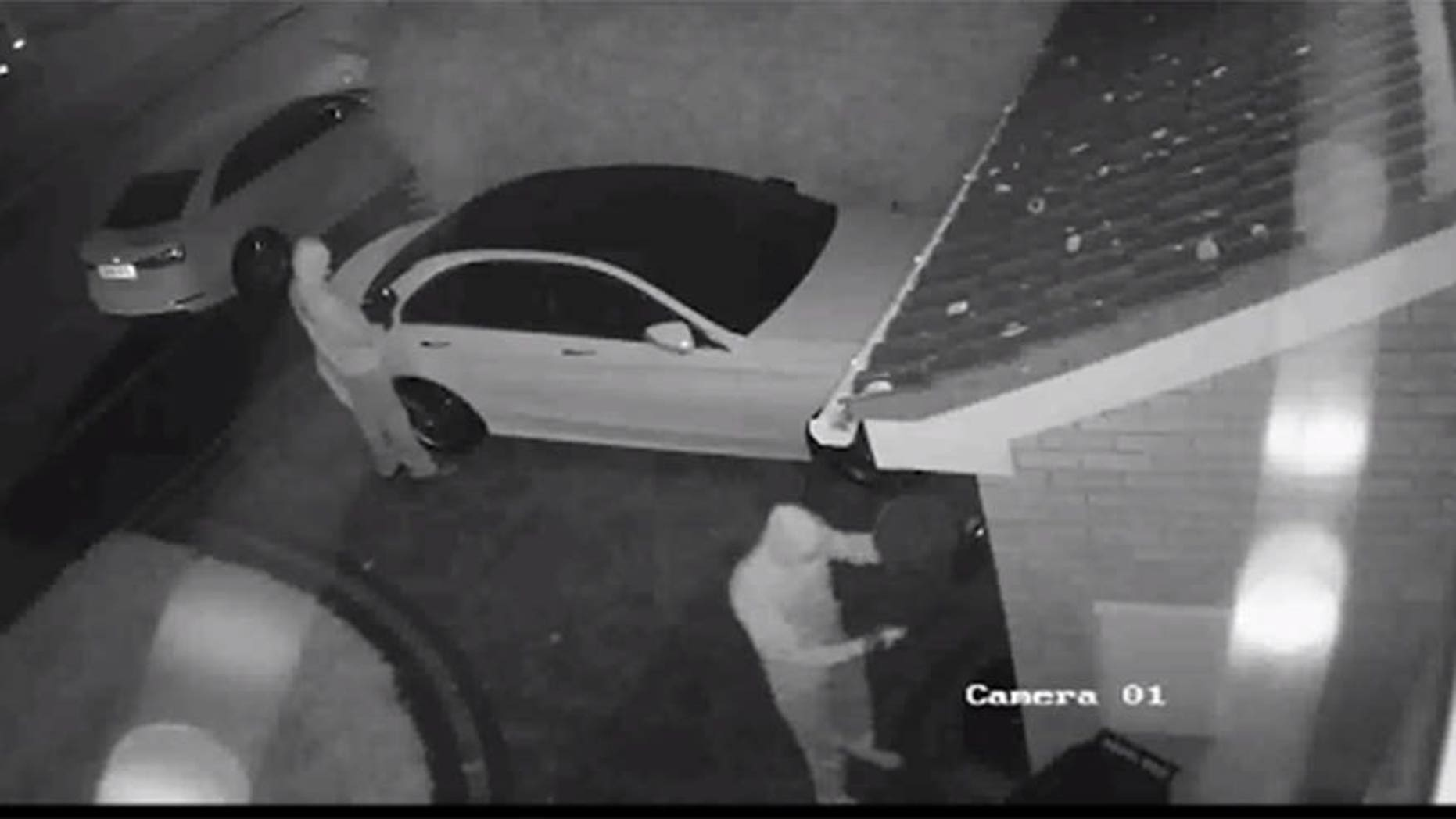 Crooks Steal Car In Under 60 Seconds With Electronic Relay Device Electric