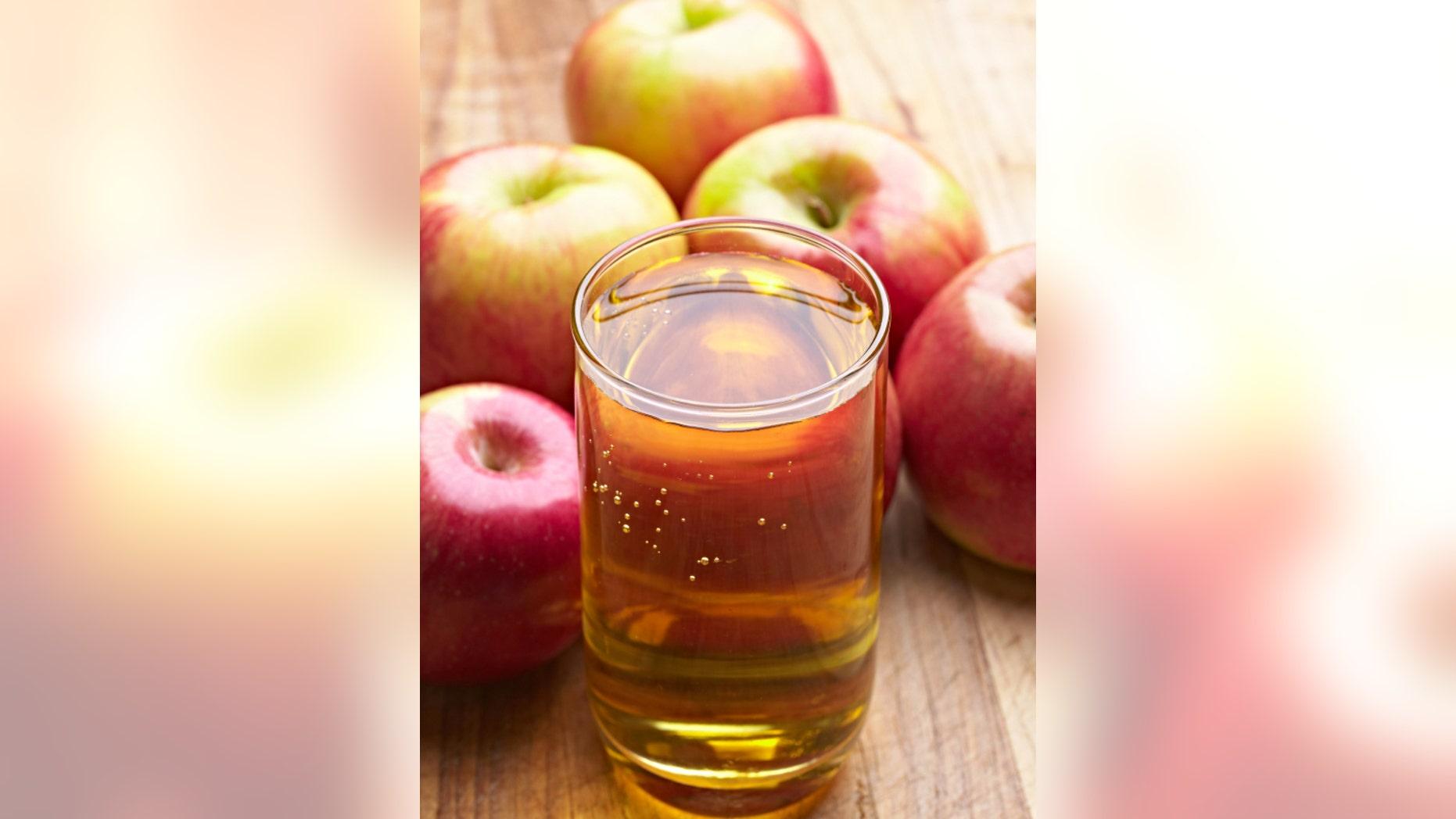 Apple Juice with fresh Apple