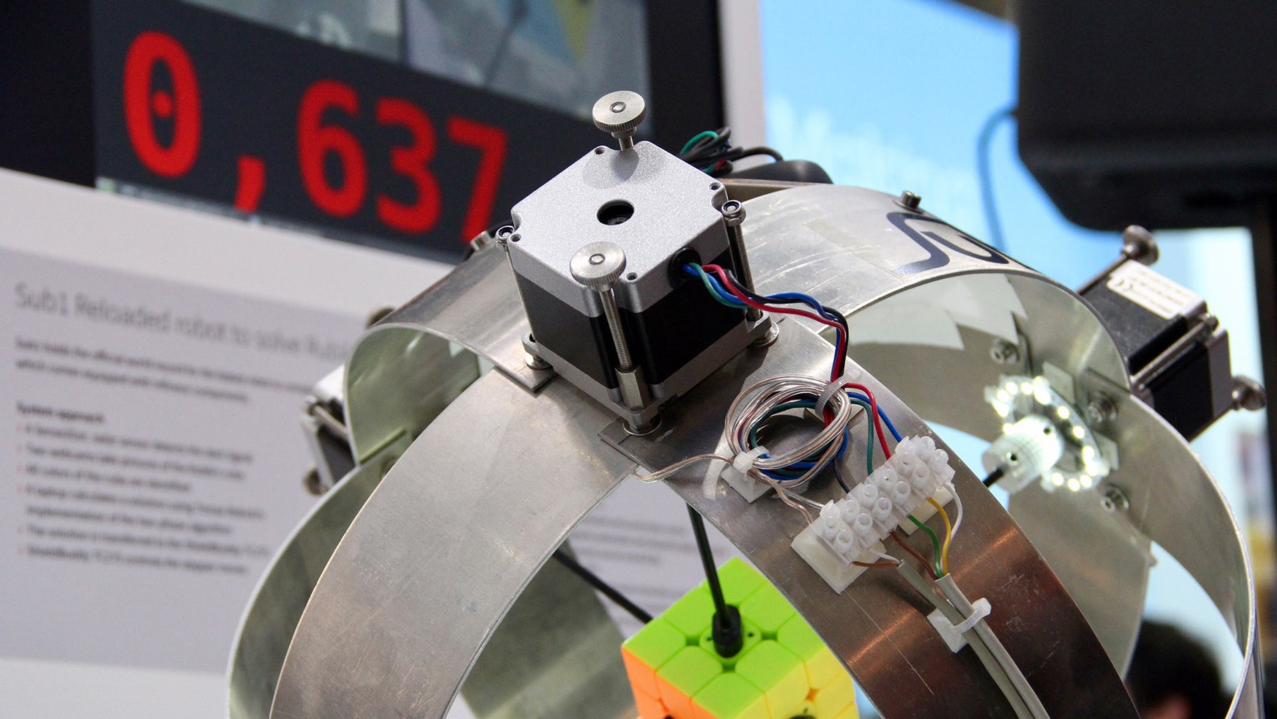 The Sub 1 Reloaded robot (Infineon Technologies).