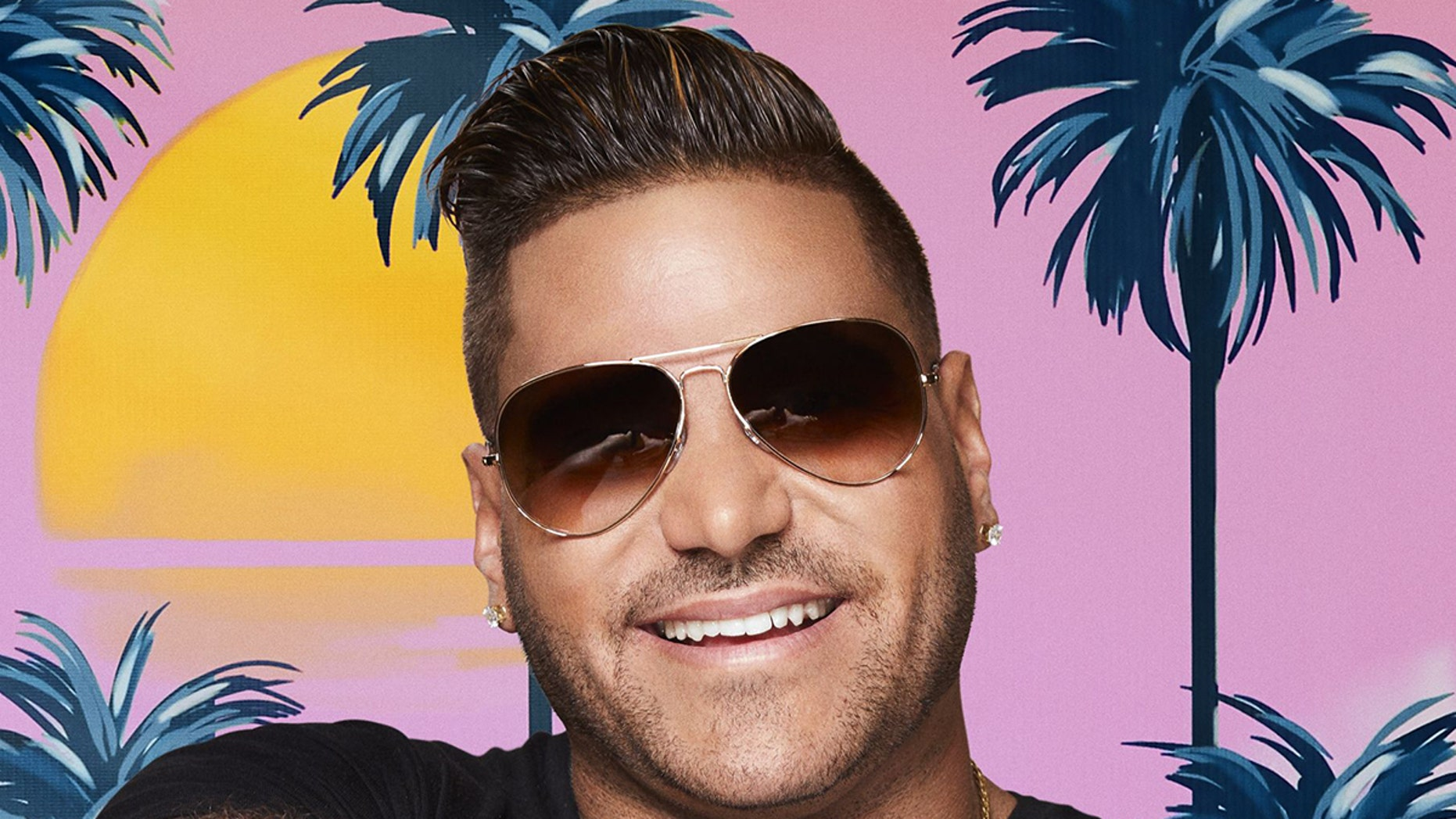 'Jersey Shore' star Ronnie Ortiz Magro is engaged in a very public fight with his girlfriend and the mother of his first child.