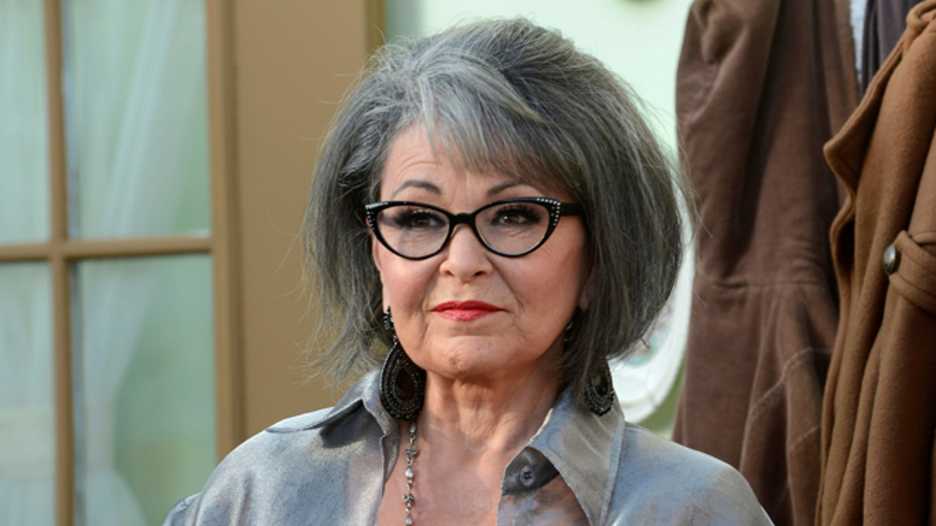 FILE PHOTO: Actress Rosanne Barr arrives for the taping of the Comedy Central Roast of Roseanne in Los Angeles, U.S., August 4, 2012. REUTERS/Phil McCarten/File Photo - RTS14E2M