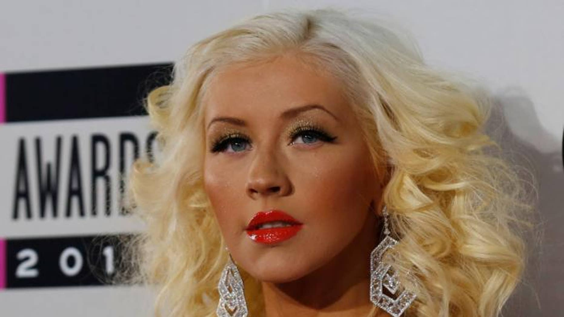 Christina Aguilera revealed on Twitter Thursday that she lost her voice.