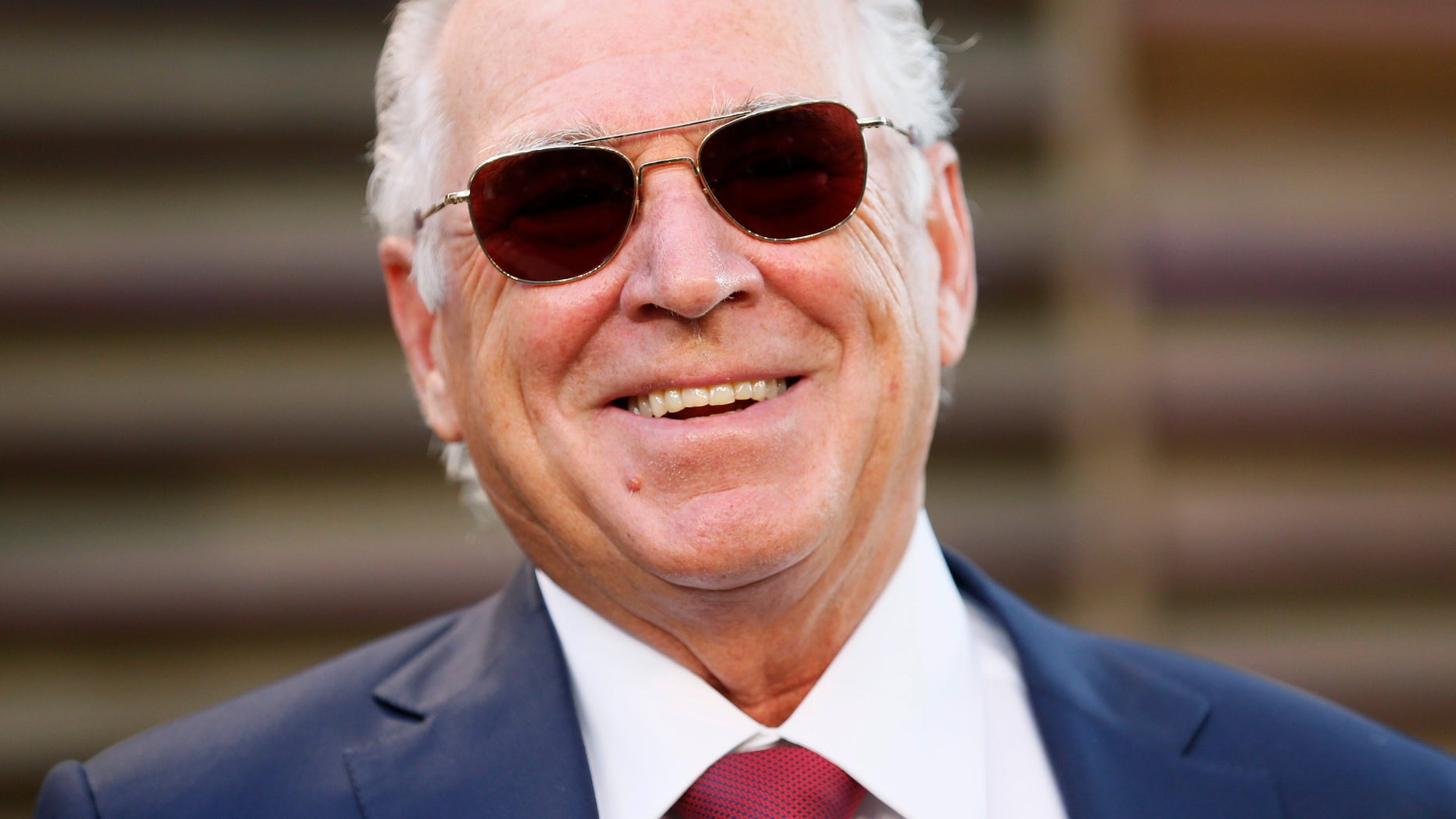 File photo: Musician Jimmy Buffett arrives at the 2014 Vanity Fair Oscars Party in West Hollywood, California March 2, 2014. (REUTERS/Danny Moloshok)