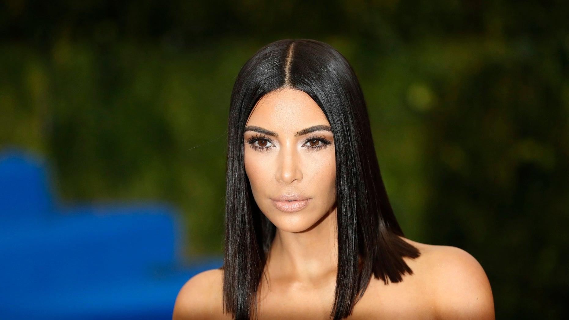 A Message of Thanks to Kim Kardashian for Those Big Post-Baby Reveal Photos
