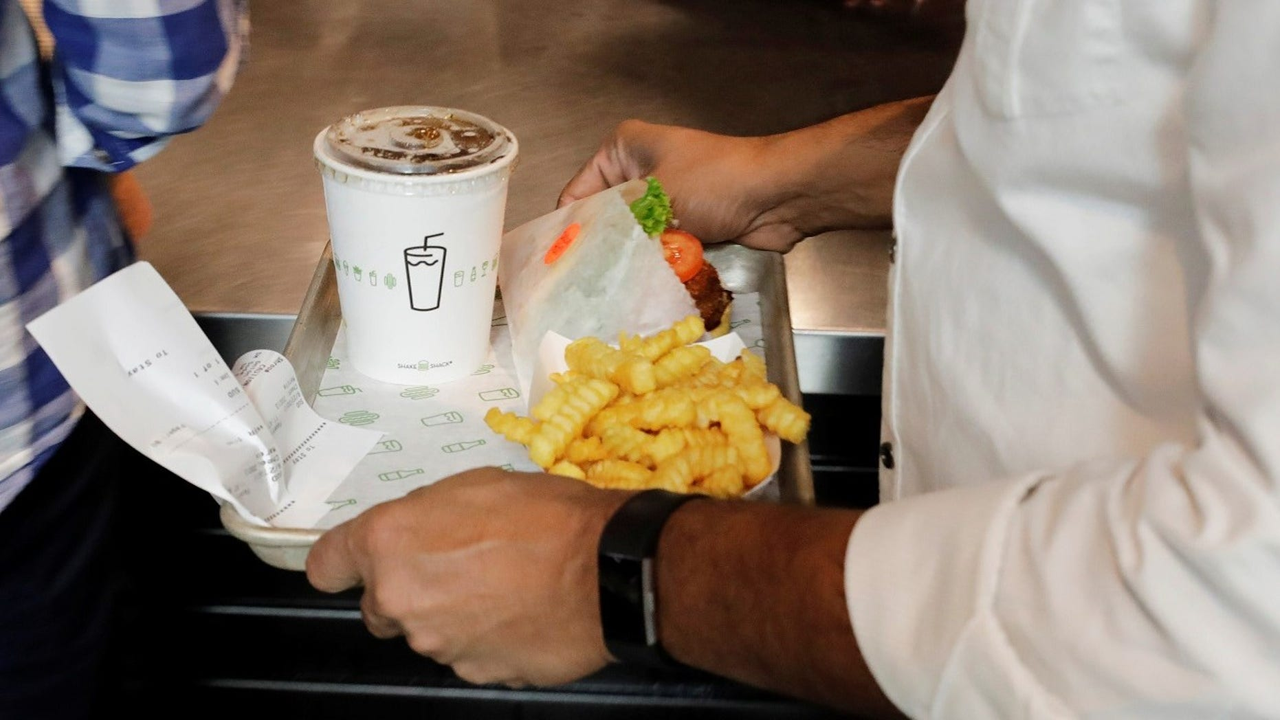 A new Shake Shack in NYC will feature kiosks that only accept credit cards.