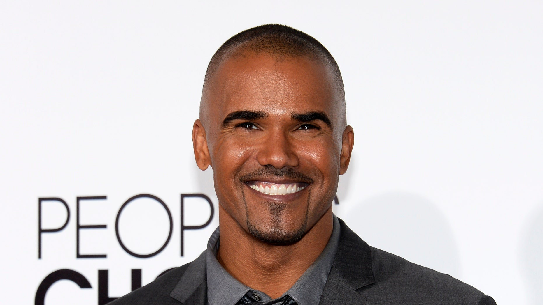 Actor Shemar Moore arrives at the 2014 People's Choice Awards in Los Angeles, California January 8, 2014.